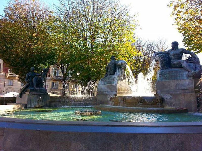 In un giorno di Sole in Autunno  a Torino Autumn in Turin Turinheart Torinodigitale Torinoélamiacittá Torinopics Instatorino Piemonte