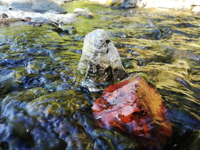 Flowing Water Refreshment Refreshments Rock Formation Clear Clear Water Cold Temperature Coldwater Esencia Minimal Nature Sculpture Natureart Naturecolors Natureshots No People River Flowing Riverscape Rock - Object Rocks And Water Sclupture Shine Water Shinerock Water Wildart Wildlife