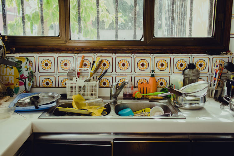 My messy kitchen Window Domestic Room Household Equipment Indoors  Sink No People Kitchen Home Domestic Kitchen Plate Kitchen Sink Home Interior Kitchen Counter Day Glass - Material Housework Messy