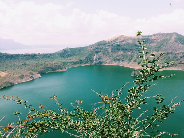 Horizon Bluesky Philippines Tagaytay Taal Taal Volcano Blue Sky Water Taal Lake Clouds Green Blue Sky Boat