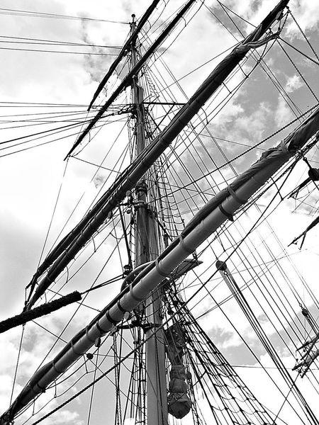 Tallship Masthead Sails Squarerigger Yards Yardarm Momochrome Black And White Heritage Sailing Ship ships