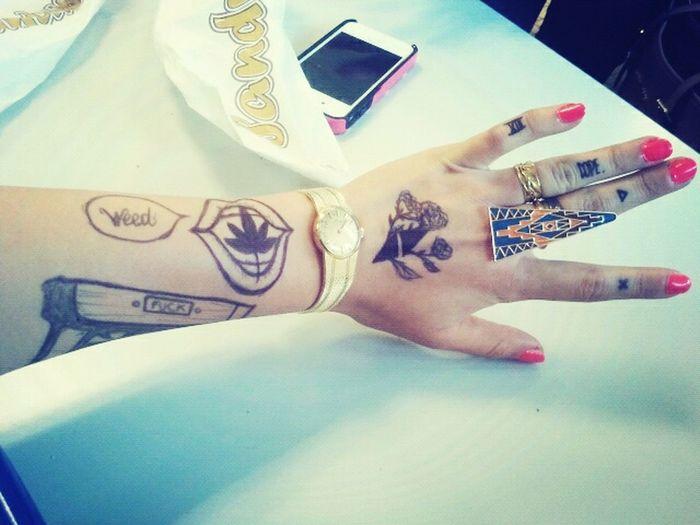 Tatoo Swag Gold Boring When I'm Boring In School .. $ Aoutch.