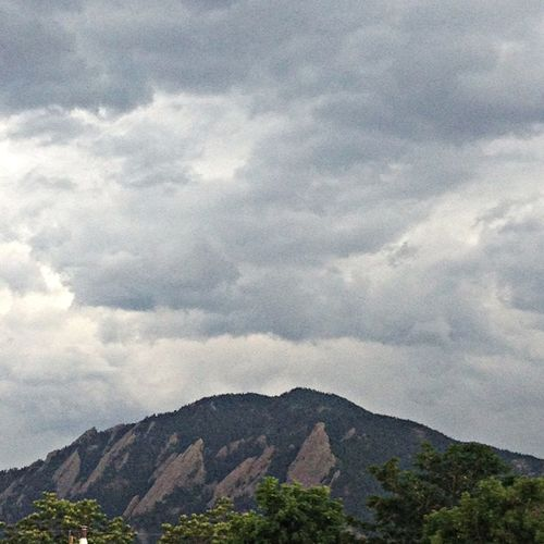 looks like trouble is brewing on witch mountain... Clouds And Sky Landscape_Collection Storm Approaching Rocky Mountains