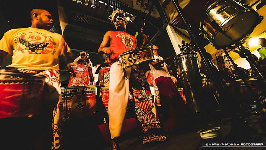 Ilê Aiyê - Salvador - Bahia - Brasil Ile Aiye Music Percussion Concert