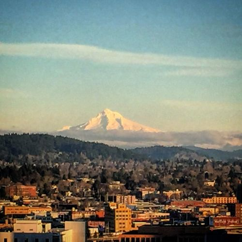 MtHoodOregon MtHood Portland, OR Portland Portlandia Oregon Clear and Crisp day in Portland, OR