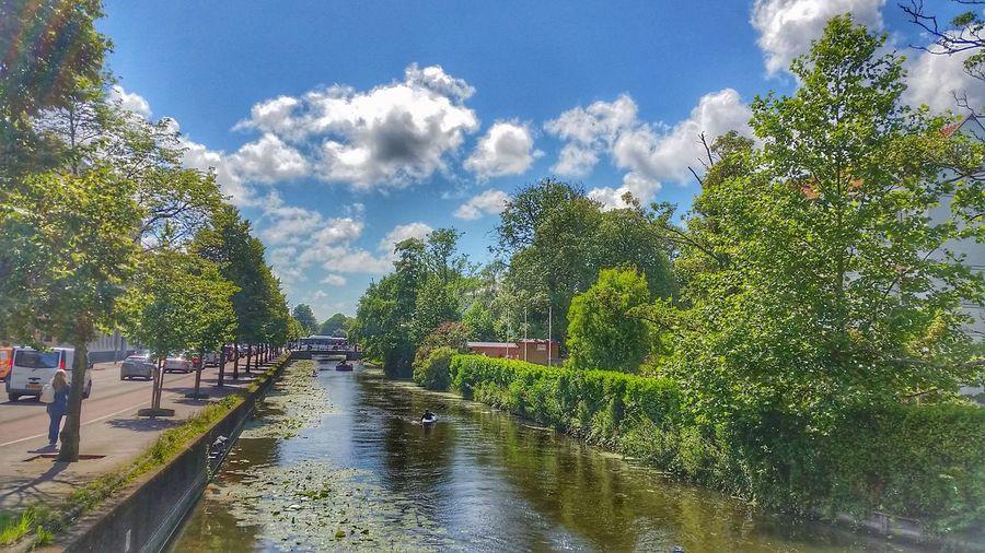 Traveling Mauritskade Sightseeing Travel Photography Clouds Samsung S5 Holland Waterlife Canal DenHaag Denhaag To Go Denhaagcanal