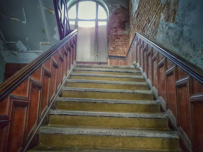 Staircase Steps Steps And Staircases Railing Architecture Stairs Indoors  Built Structure Hand Rail Stairway No People Spiral Staircase Day Lost Place Lost Places Lost Places, Ostalgie Urban Exploration Abandoned Urbexphotography Architecture