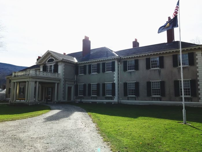 Hildene Abraham Lincoln Mansion Built Structure Building Exterior Architecture Sky Nature Building Clear Sky