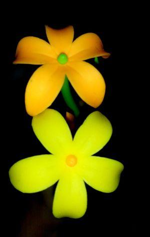 Neon Petals Artificial Flower Orange Green Color Artificial Flowers Neophotography Neon Color Neon Effect Neon Lights Neons Neon Green Neon Orange