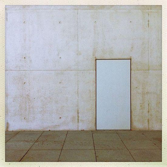 looks like a door I Hipstamatic Door Germany Lines Grey Concrete Deutschland Bonn Kunstmuseum Museumsmeile