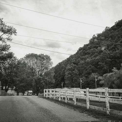 Home will always be in the mountains Blackandwhite Hometown Southerngirl Country Life Shades Of Grey