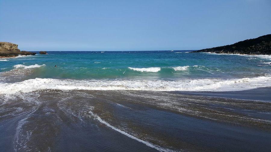 Ocean View, Papakōlea, Hawaii, Green Green Sand Beach Beach Cliffside Blue Wave Waves Foam Hello World Taking Photos The Big Island Paradise Island Life