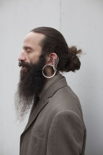 Body Jewelery 40 Years Old Alternative Beard Bearded Crazy Creative Light And Shadow Dressed Up Earrings Freaky Jewelery Man Rings Suit Urban