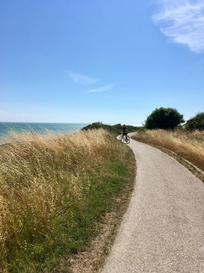 Auf dem Weg an der französischen Atlanzikküste Atlantic Ocean France 🇫🇷 Vive Le Vélo Sky Sea Water Land Plant Day The Way Forward