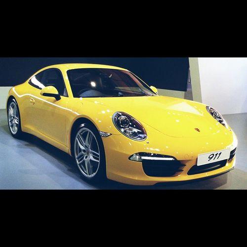 Porsche Porsche911 Yellow Autocarshow speed? followforfollow fof likeforlike doubletap ✌