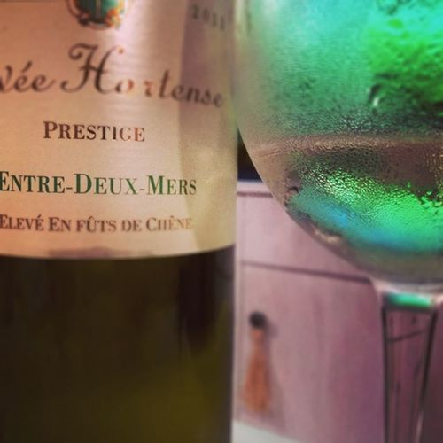 Green. Golden and Oak. Hortense whatelse? Whitewine Bordeaux Entredeuxmers Instawine Wine