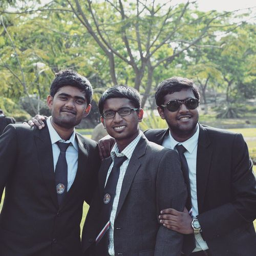 One with crazy minded people Chitiyakalaiya Quizzer Gtp2015 Lastsem Iitg