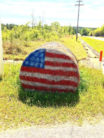 Hay Bail Old Country Road 👍 American Style!