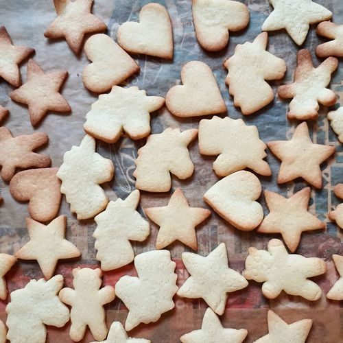 Cookie Cookies Cookie Cutter Baking Baking Cookies Biscuits Pastry Dough Cookie Dough Christmas Cookies Christmas Christmas Baking Baked Sweet Food Star Shape Large Group Of Objects Heart Shape Unicorn Variation High Angle View Backgrounds Temptation Baking Sheet Gingerbread Cookie Sweet