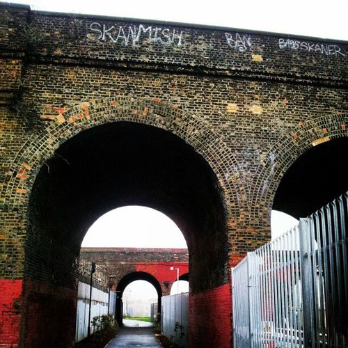 Arches Railwayarch Railwayarches Railwayarchitecture bricks millwallfc graffiti