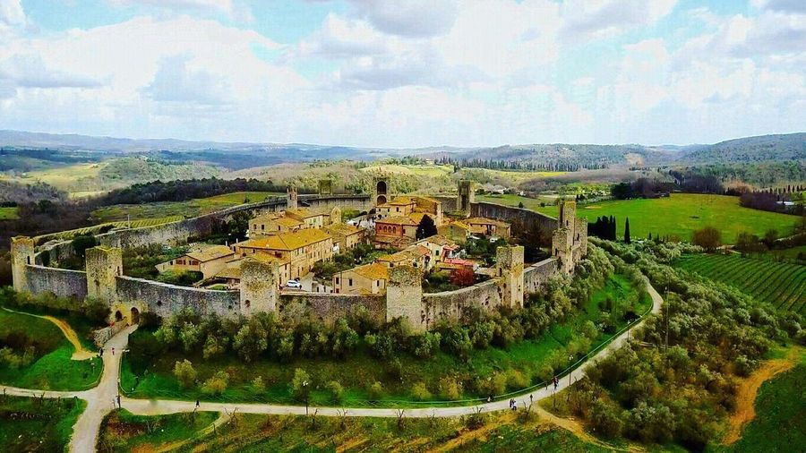 Monteriggioni, italy ❤️❤️❤️ Architecture Built Structure Sky Nature Cloud - Sky Day Building Exterior High Angle View Environment Landscape History Outdoors Plant No People Beauty In Nature Green Color The Past Mountain Scenics - Nature Building