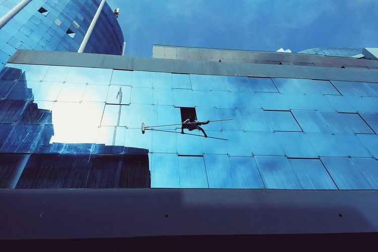 Wipe out VSCO EyeEm Selects Stories From The City Pixelated Communication Safety Close-up Sky Architecture