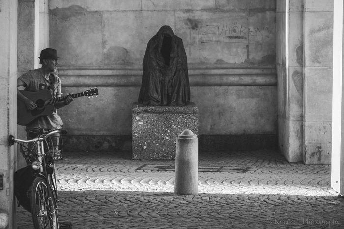 Streetphotography Salzburg, Austria Black & White Eyem Best Shots Street Life