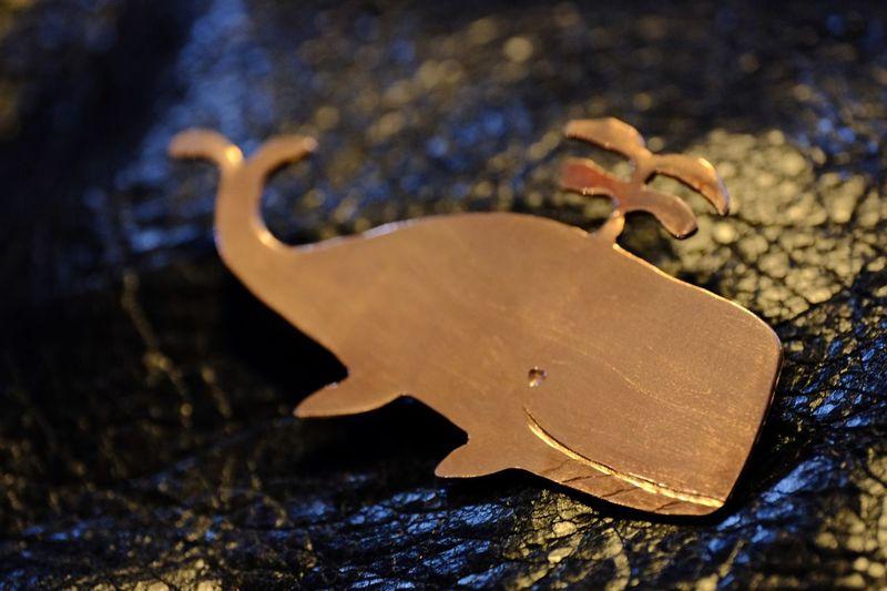 Whale shape pin
