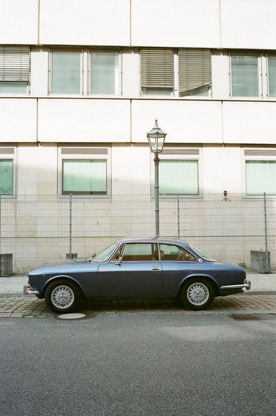 35mm 35mm Film Classic Car Film Photography Filmisnotdead Leica M6 Streetphotography Superia400