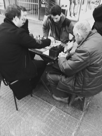 checkmate (Jaque Mate) Photo Photography Blackandwhite Eye4photography  Streetphotography Taking Photos Samsung Chess Capture The Moment I Love My City Up Close Street Photography