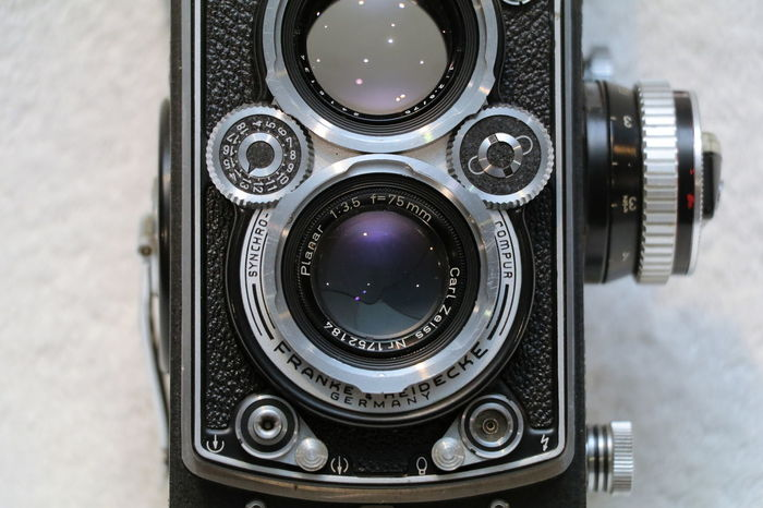 Camera - Photographic Equipment Close-up Film Camera Photography Themes Rollei Rolleiflex Twin Lens Reflex Zeiss