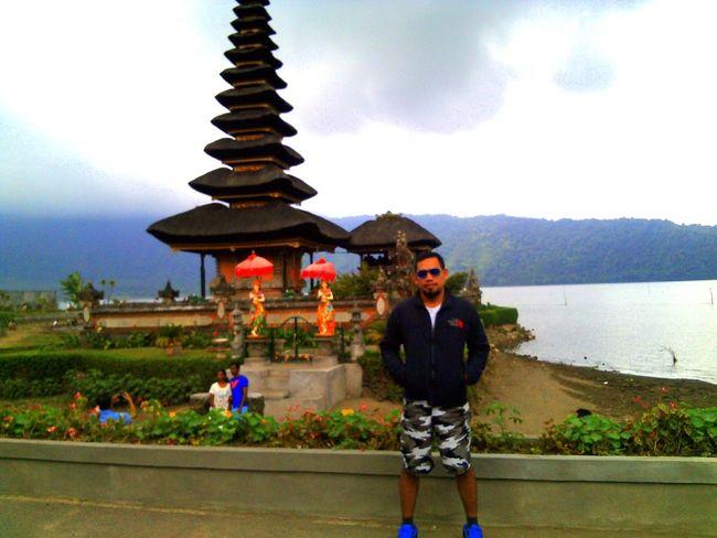 Danau Bratan Bali Lake View Pura Ulundanu Temple Bali, Indonesia