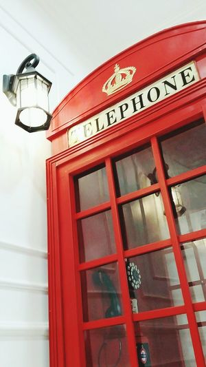 Telephone Booth Telephone Photography Red Red Telephone Box Londontelephone London Telephone Booth Telephone Red Telephone Booth Light London Vibes