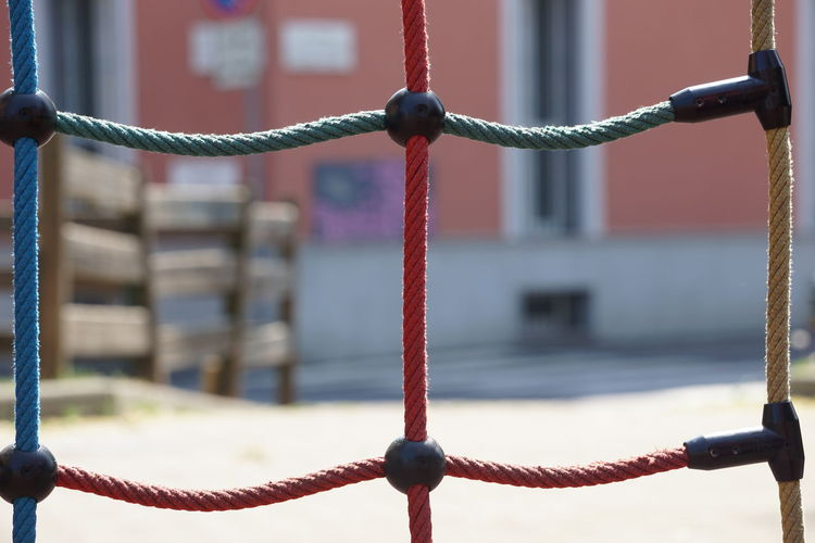 Green No Filter Rope Urban Exploration Urban Geometry Blue Cable Close-up Conjunctures Connections Design Desugne Details Focus On Foreground Game Geometric Net No Edit Outdoors Playground Red Sony A6000 Sonya6000 Texture Urbanphotography