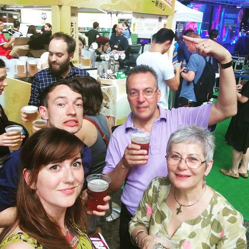 Happyvalley Happyvalleyracecourse Happywednesday Gangsterdad Family Funnight Horseracing Beer