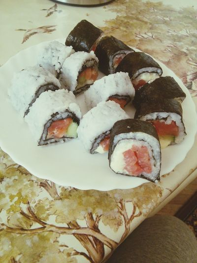 Hi! Check This Out Omnomnom Sushi