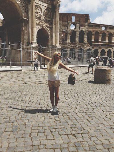Roma Italy❤️ Rome Romantic Getaway Roma, Italy Taking Photos Nice View Love <3 Architecture Historia