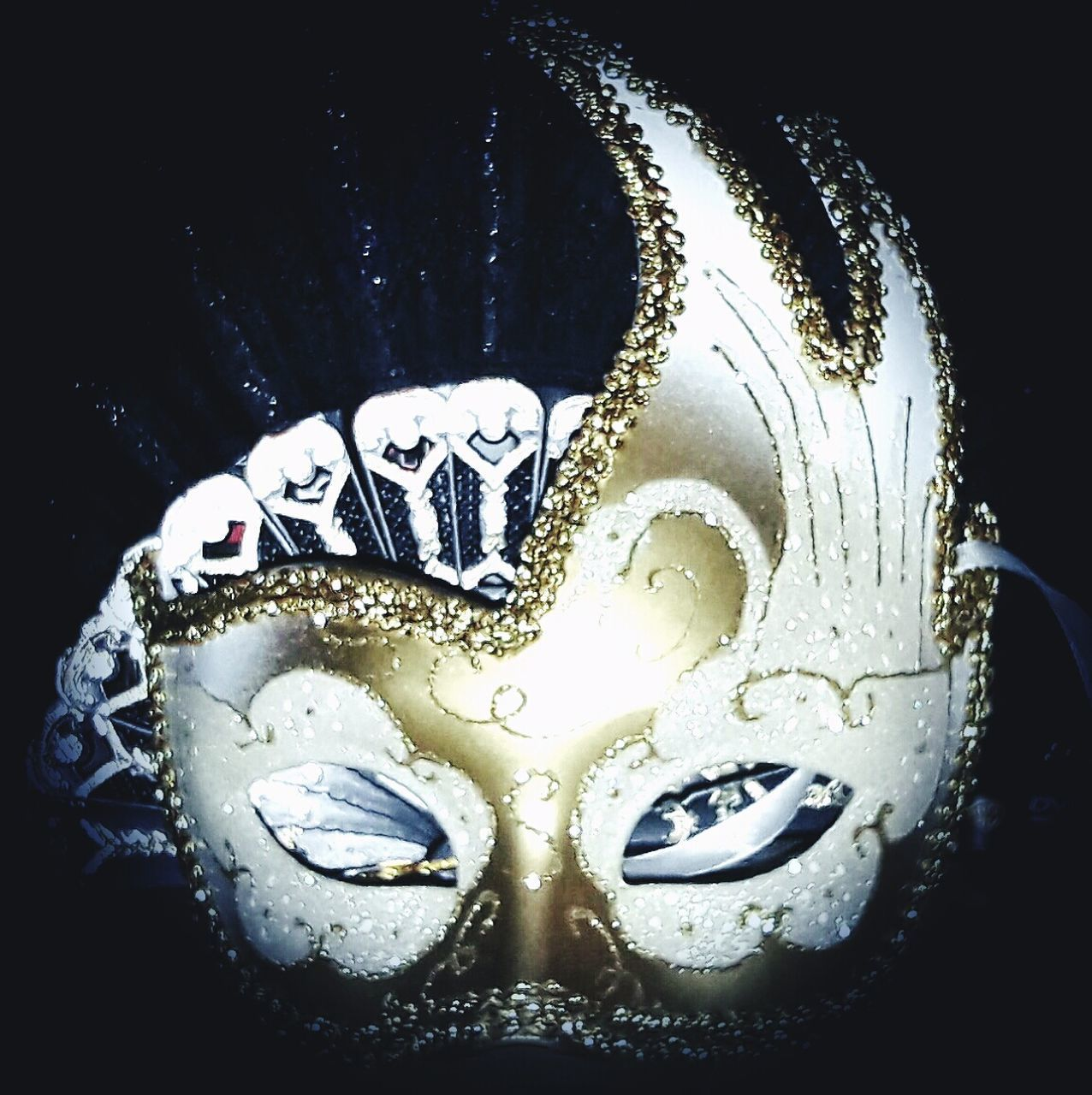 mask - disguise, venetian mask, single object, carnival - celebration event, disguise, cultures, close-up, no people, celebration, carnival, indoors, day
