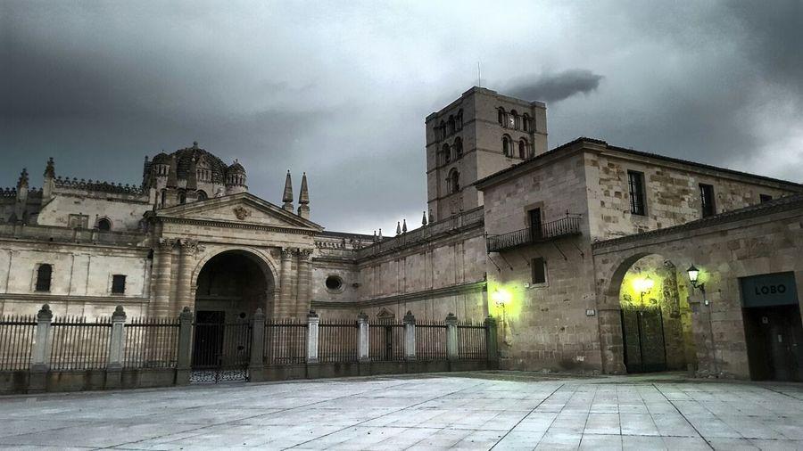 Cathedral Zamora Catedral De Zamora Anocheciendo