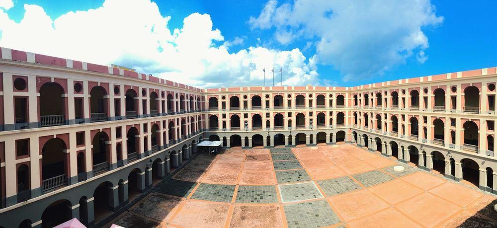 """Esto es parte de Puerto Rico 💜🇵🇷 """"Cuartel de Ballajá"""""""