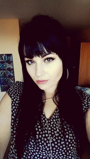 New look ;) Girl Polishgirl Vintage Makeup CatEyeLiner NewLook Bangs Blackhair