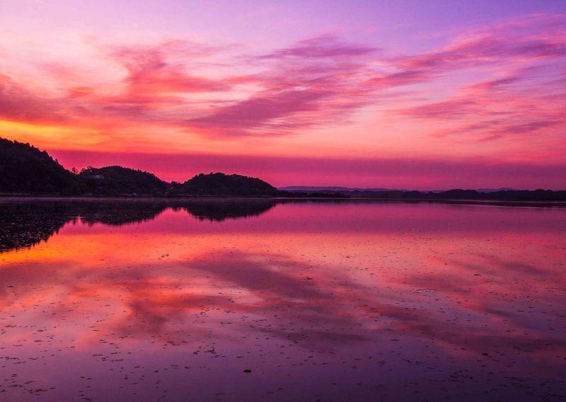 Beauty In Nature Lake Morningglow Sky