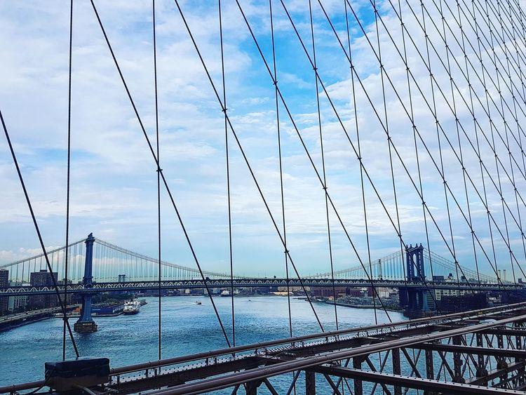 New York City Brooklyn Bridge / New York