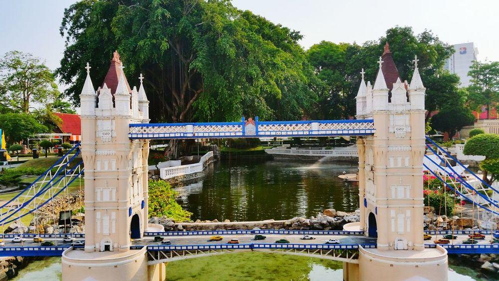 Tower Bridge  London Thailand Mini Siam Pattaya Lake Bridge London