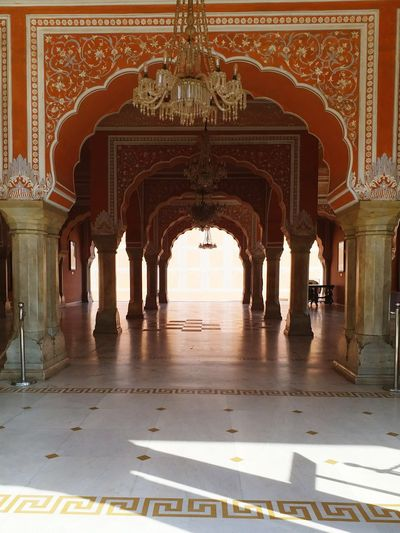 Beauty lies in the eyes of the beholder - Jaipur City Palace gives you the glimpse of how the era of kings and queens used to be. Jaipur Discoveryourcountry Travel Photography Photography Photographers_of_india Citypalace Rajasthan India Beautiful All_shots Architecture First Eyeem Photo