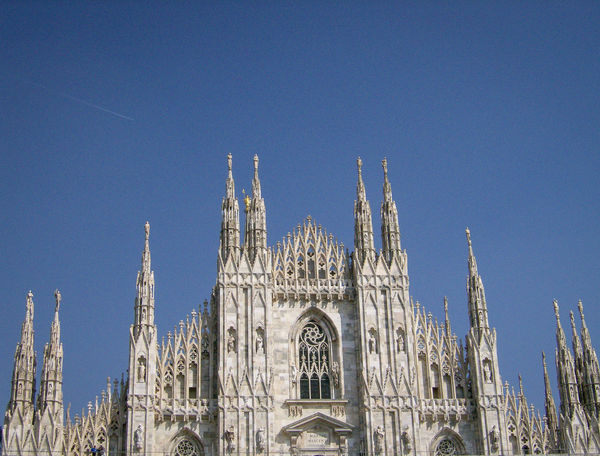 Architecture Building Exterior Built Structure Clear Sky Dom Dome Duomo Italia Italie Italien Italy Italy❤️ Italy🇮🇹 Low Angle View Mailand Milan Milano No People Outdoors Place Of Worship Religion Rose Window Sky Spirituality Travel Destinations