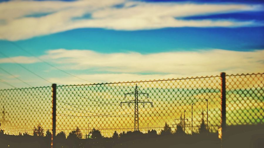 Chainlink Fence Protection Sunset Sky No People Cloud - Sky Nature Outdoors Water Animal Themes Day EyeEm Gallery EyeEm Selects Cats Of EyeEm Awesome_shots EyeEmNewHere Built Structure Taking Photos City Nature Beauty In Nature Architecture The Week On EyeEm EyeEm Best Shots Low Angle View