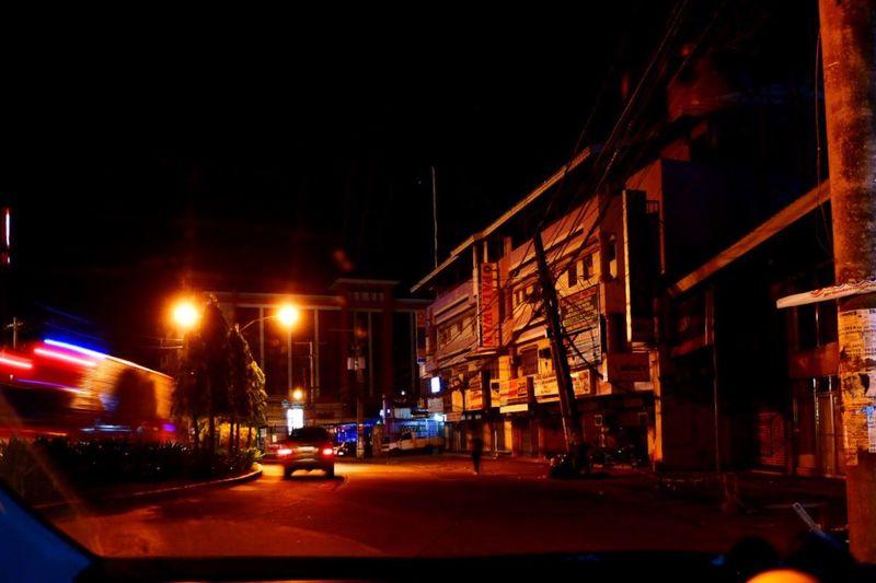 heavy night Fujifilm X-A3 X-a3 Street Transportation Architecture Street City Mode Of Transportation Built Structure Street Light Motion