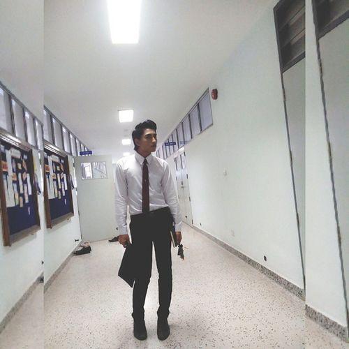 เรียนวันแรก ....ชุดนักศึกษาเรียบร้อย วันนี้เป็นเด็กเรียนครับ !!!! ณ จุดหนึ้งในที่มืด
