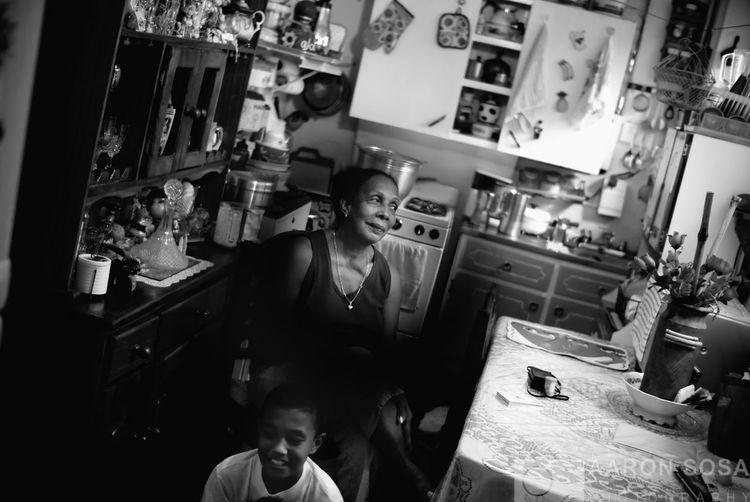 La Pastora, Caracas - Venezuela / Photography by Aaron Sosa / www.aaronsosaphotography.com www.aaronsosablog.com Black And White Venezuela Blackandwhite Caracas